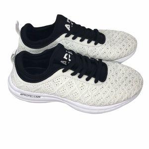 APL Techloom Phantom running shoes